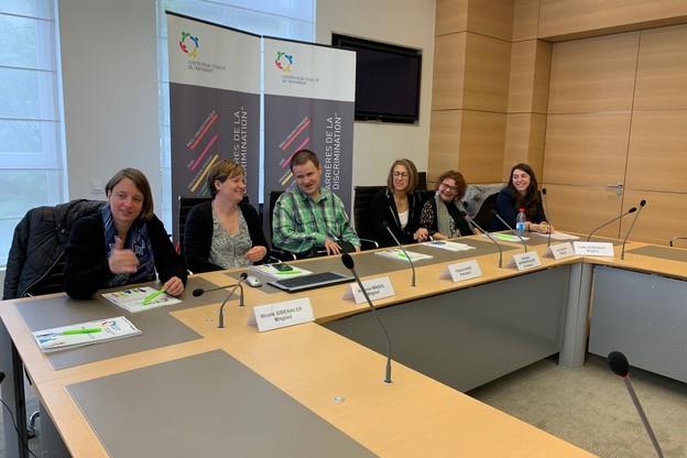 Patrick Hurst (au centre), nouveau président du CET, et la directrice Nathalie Morgenthaler à sa gauche, ont présenté le rapport annuel2018 aux côtés du nouveau collège composé de Nicole Sibenaler, Annemie Maquil, Anik Raskin et Catia Fernandes. (Photo:Paperjam)