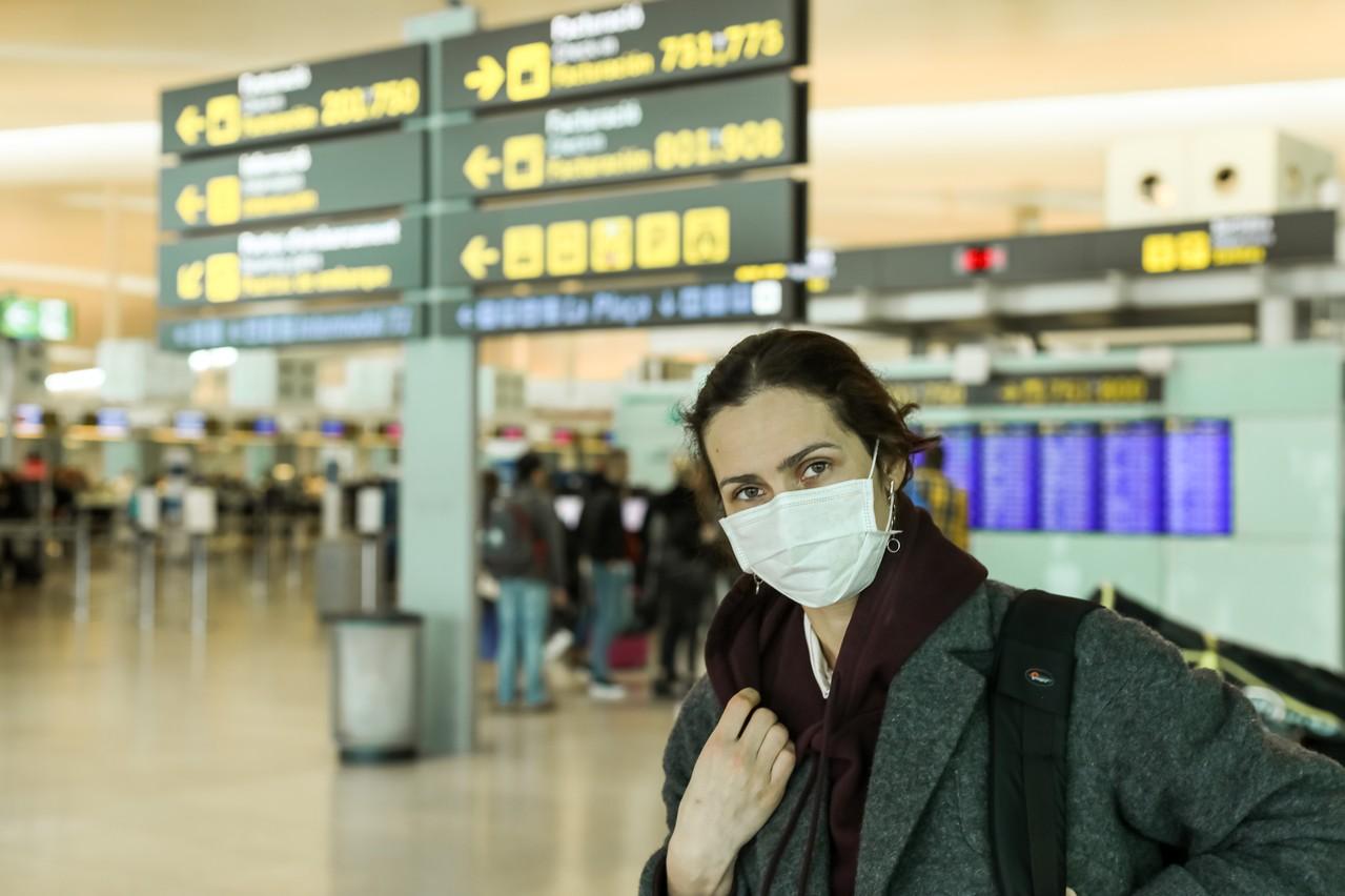 L'inquiétude a grandi en Espagne: après l'annulation du Mobile WorldCongress, un Italien a été diagnostiqué positif et des centaines de touristes ont été consignés dans leur hôtel à Tenerife. (Photo: Shutterstock)