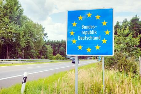 Quelque 50.000 frontaliers viennent d'Allemagne vers le Luxembourg. Photo: Shutterstock