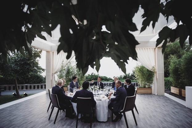 Les sept présidents des pays les plus industrialisés au monde auront passé un long moment à table pour avancer sur quelques dossiers-clés comme le nucléaire iranien, la taxe Gafa ou la lutte contre les incendies au Brésil. (Photo: G7)