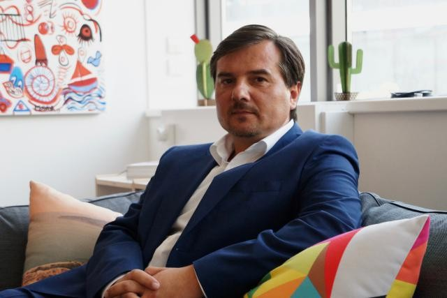 La start-up Apla Blockchain, dont Vitaly Bondar est le conseiller, a remporté trois prix à l'occasion du concours Pitch Your Startup. (Photo: DR/Archives)