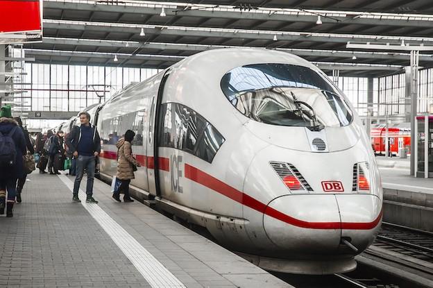 La Deutsche Bahn n'a pas le droit de réserver le paiement par prélèvement SEPA aux clients domiciliés en Allemagne. (Photo: Shutterstock)