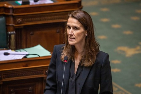 Ce n'est que vers 22h30 jeudi soir que la Première ministre belge Sophie Wilmès (MR) a fait part des nouvelles mesures au regard de l'épidémie de Covid-19. (Photo: Wikimedia Commons)/Thomas Daems)