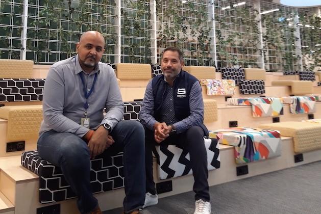 Mohamed Louridi, Hard Services Manager Benelux au sein de JLL (à gauche) etAntonio Jimenez, Facility Services Coordinator chez Samsic Luxembourg (à droite) Photo: Maison Moderne