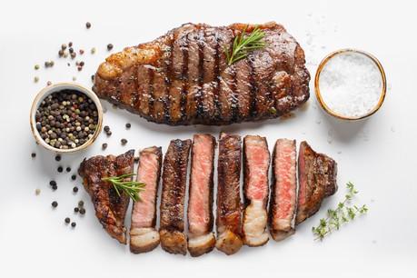 La viande grillée de Guy Kirsch se trouve naturellement au centre de la carte du Bestial. (Photo : Bestial)
