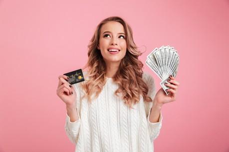 Argent liquide, cartes de crédit, nouveaux modes de paiement: la digitalisation bouscule les codes du paiement et clive la société. (Photo: Shutterstock)