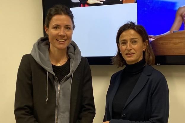 Aux côtés d'AmélieMadinier, qui dirige le Hub@Luxembourg, Constanze Von RheinbabenA. est venue distiller ses précieux conseils pour qui doit parler en public. Et convaincre. (Photo: Paperjam)
