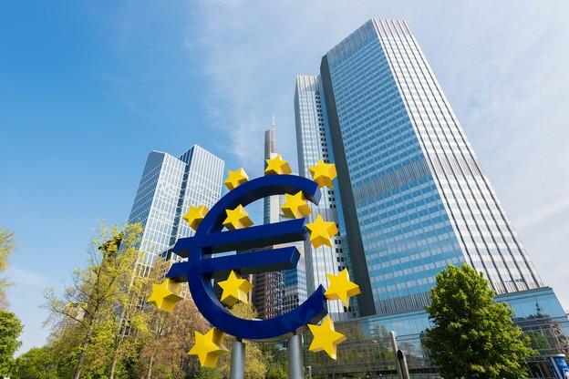 La BCE a été dégagée de toute responsabilité envers les créanciers privés au titre que la restructuration de la dette grecque poursuivait un objectif d'intérêt général, à savoir éviter à la Grèce une banqueroute dévastatrice. (Photo: Shutterstock)