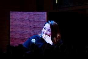NicolasBuck et NoraBack ont aussi été soumis à des questions décalées lors de deux moments «Fast & Curious». ((Photo: Patricia Pitsch/Maison Moderne))
