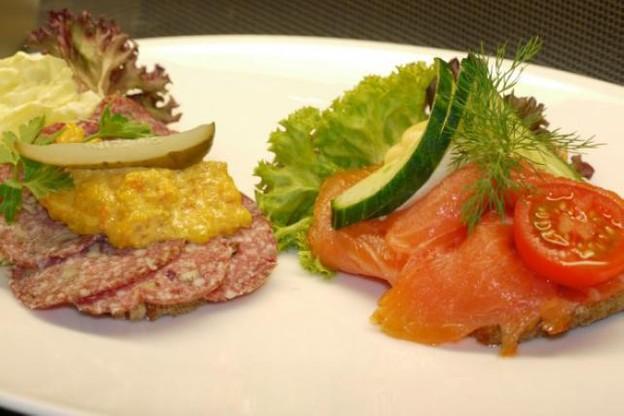 Smørrebrød au saucisson et au saumon (Photo: D.R.)