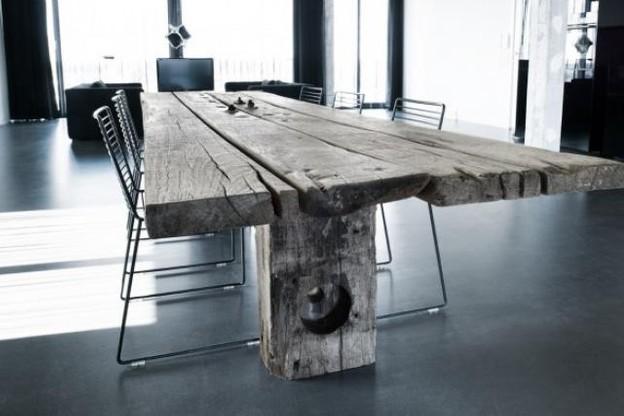 L'écologie fait toujours partie des préoccupations des designers comme avec cette table en bois récupéré. (Photo: Thors Design)