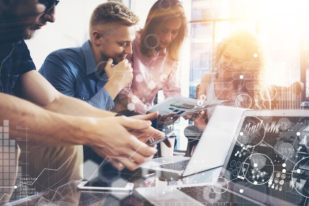 Tous pour un et un pour tous. La tech luxembourgeoise offre des solutions et du réseau pour aider tous azimuts. (Photo: Shutterstock)