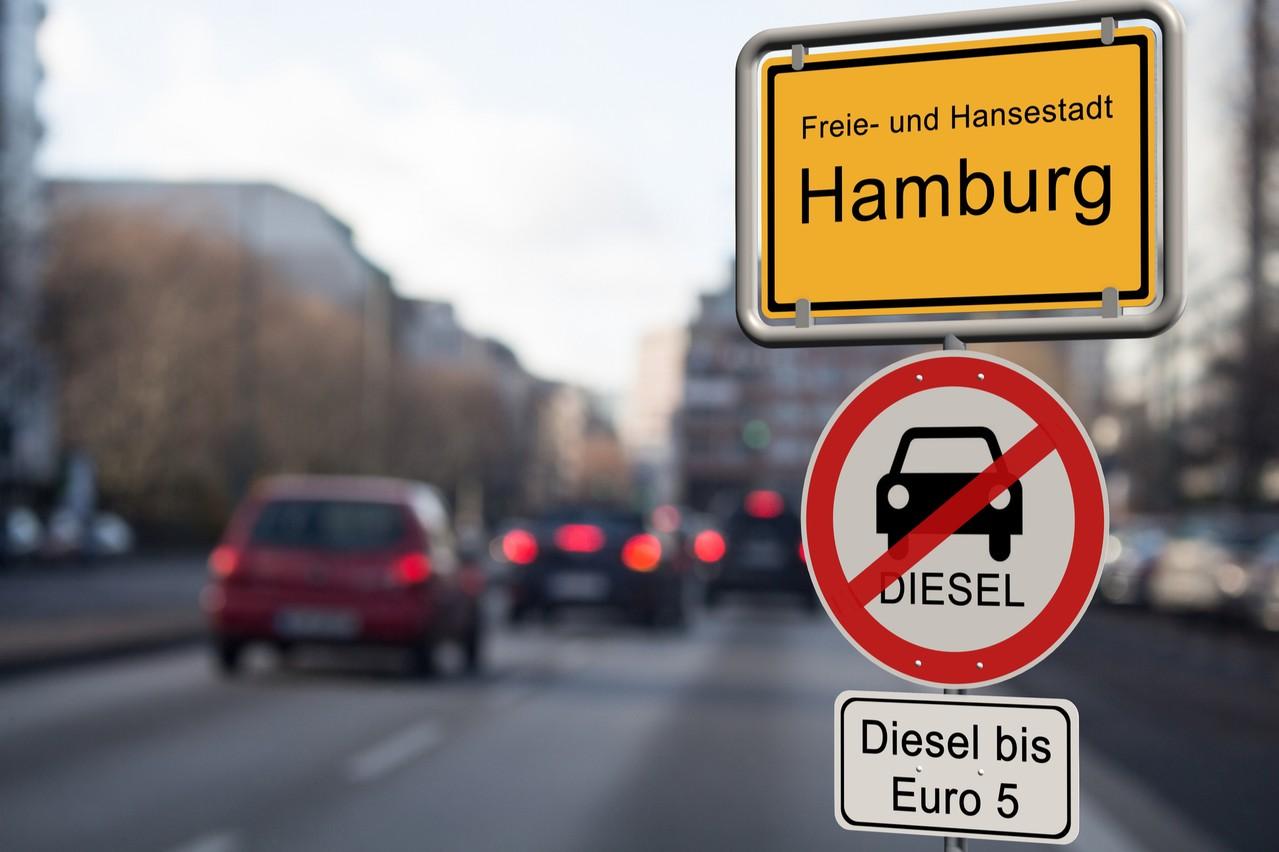 Comme le rappelle la Febiac dans son communiqué, aucune ville n'interdit les diesels Euro6, signe de la manière dont les constructeurs ont su répondre aux exigences environnementales. (Photo: Shutterstock)