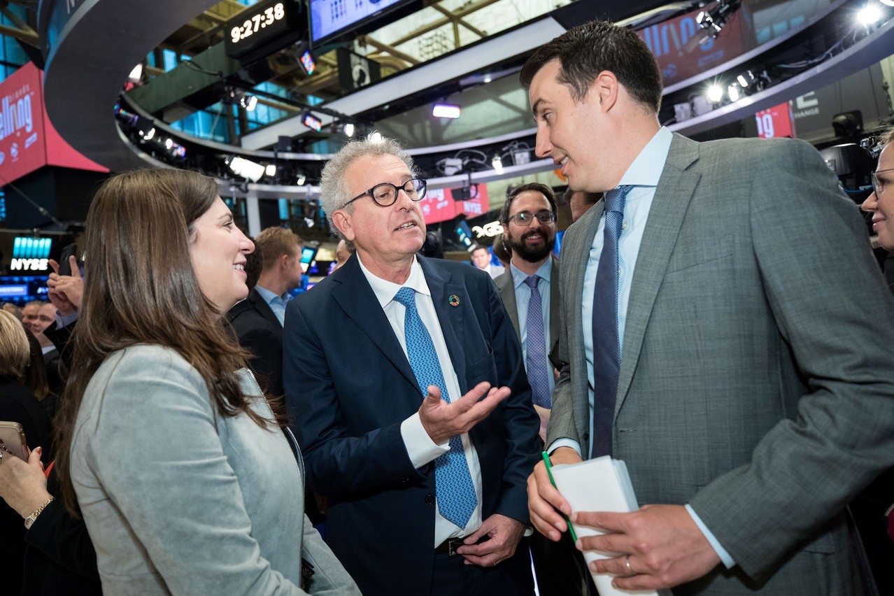 Le ministre des Finances, Pierre Gramegna, lors de sa visite au NYSE, entouré de la présidente du NYSE, Stacey Cunningham, et du vice-président et COO du NYSE,John Tuttle. (Photo: NYSE)