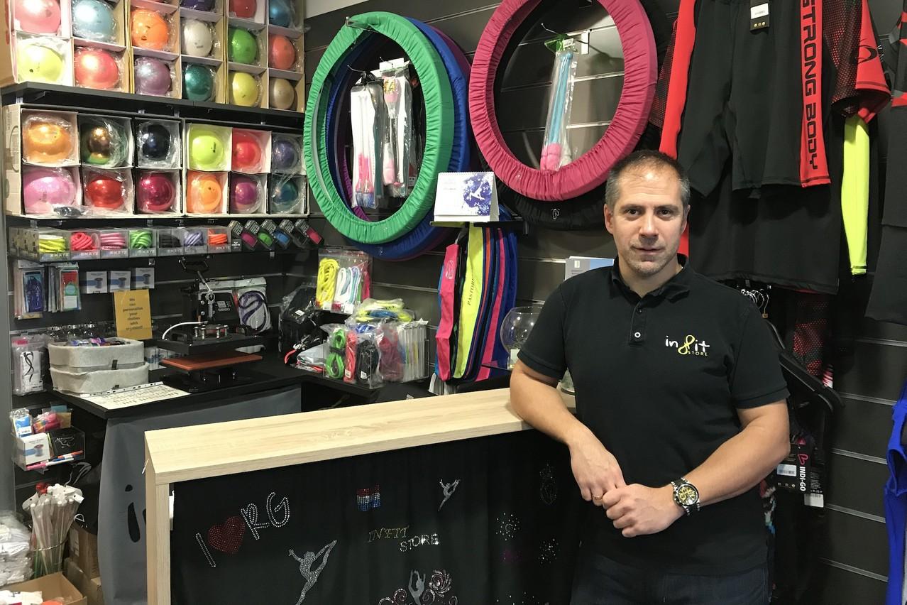 Avec Infit Store, Andras Magyar propose des articles dédiés à la gymnastique rythmique et au fitness. (Photo: DR)