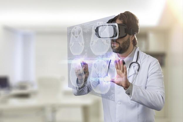 La VR apporte des bénéfices évidents pour aider à la formation et à la pratique de la chirurgie. (Photo: Shutterstock)