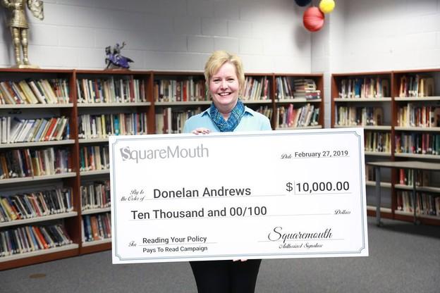 Donelan Andrews a gagné 10.000 dollars en lisant son contrat d'assurance voyage jusqu'au bout. (Photo: SquareMouth)