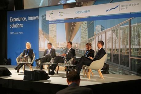 Susan O'Flynn (Morgan Stanley), Gareth Allen (UBS), Godfried de Vidts (ICMA ERCC), Johanne Armita Vara (Goldman Sachs) et Romuald Orange (Natixis) intervenaient lors du Global Funding and Financing Summit, le 29 janvier. (Photo: Deutsche Börse)
