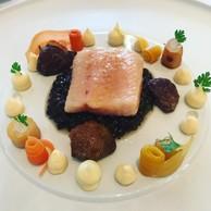Au restaurant Bareiss, le chefClaus-Peter Lumpp fait découvrir à ses convives la valeur de 3 étoiles au guide Michelin et une note stratosphérique de 19/20 au Gault&Millau. (Hadrien Friob / Maison Moderne)