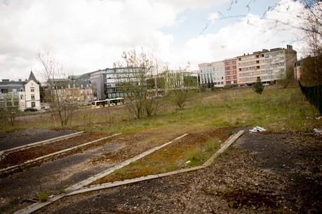 Le site de l'entrée Ouest de la capitale présente un visage tristement vide depuis des années.  (Photo: Christophe Olinger)