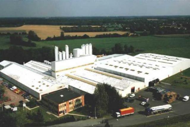 Depuis le 5 septembre, les travailleurs de Moyaux attendent de connaître le sort réservé à leur usine. (Photo : McBride)