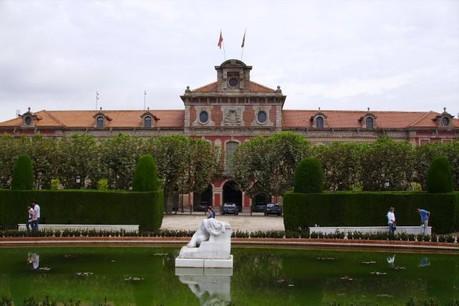 Refusant la tutelle de Madrid, le Parlement de Catalogne a déclaré son indépendance cet après-midi. (Photo: Licence C. C.)