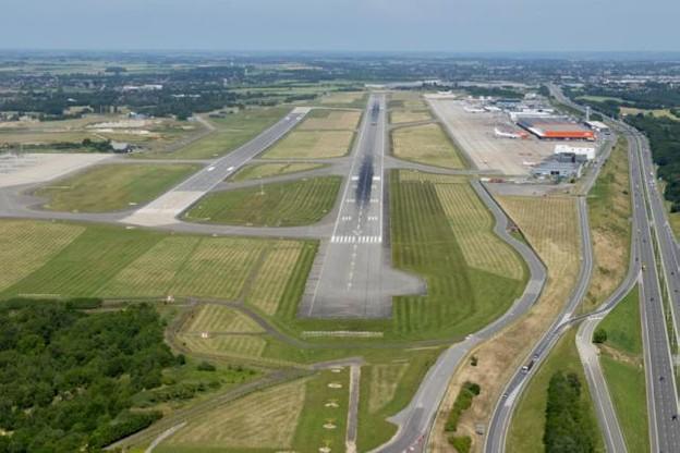 liege-airport-2014-06-12-_jld4977-hdef-960x641.jpg