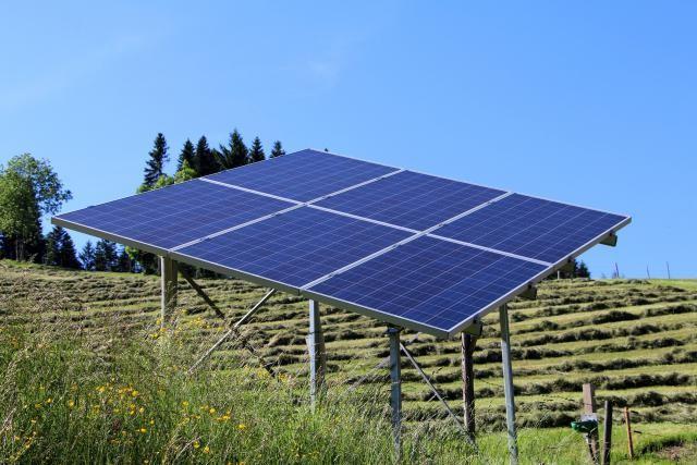 solar-energy-2392184_1920.jpg