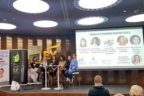 «Pour encourager les femmes à se lancer dans l'entrepreneuriat, la clé est l'éducation», a notamment expliqué Marina Andrieu (au centre) lors de la table ronde. (Photo: @EY_Luxembourg/Twitter)