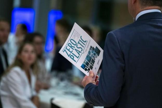 IMS Luxembourg a appelé les dirigeants de son réseau à signer un manifeste, en partenariat avec le ministère du Développement durable et des Infrastructures. (Photo: IMS Luxembourg)