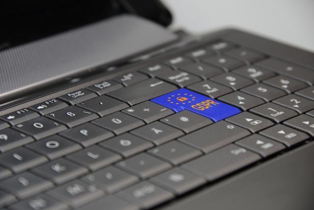 protection-privacy-gdpr-regulation-laptop-3233780.jpg