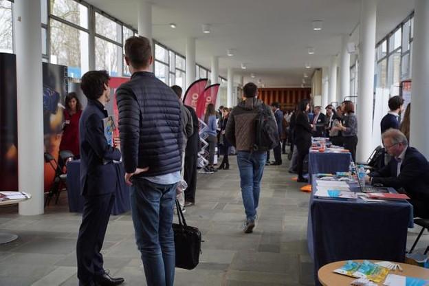 Le forum de recrutement a attiré pas moins de 350 curieux. (Photo: HEC Alumni Luxembourg)