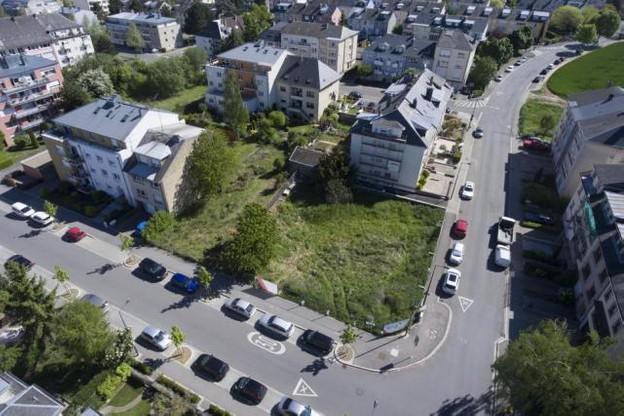 La parcelle à Bonnevoie s'insère dans un tissu urbain existant. (Photo: Photothèque de la Ville de Luxembourg / Charles Soubry)
