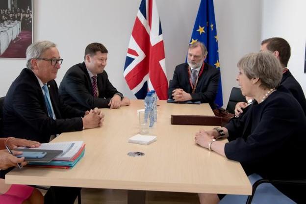 Face à l'unité des Européens et la pression des patrons britanniques, Theresa May devrait annoncer un geste significatif du Royaume-Uni sur la question de la facture de son divorce avec l'Union européenne. (Photo: Commission européenne/archives)