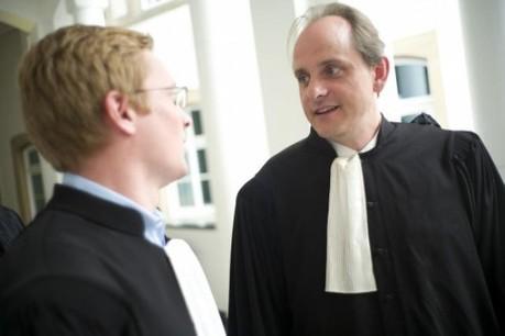 Les avocats de Maison Moderne, Marc Kohnen et Pierre Hurt, s'opposent à la radiation de l'affaire. (Photo: Christophe Olinger)
