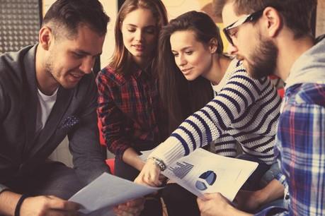 Le désavantage majeur à créer son entreprise est, selon 61% des jeunes interrogés, le risque financier. (Photo: Shutterstock)
