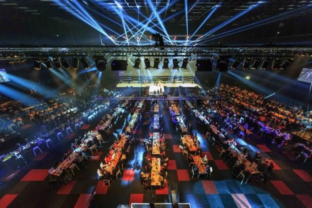 La Rockhal, une fois de plus transformée, a accueilli les agences et leurs annonceurs pour une soirée riche en émotions. (Photo: Jan Hanrion)