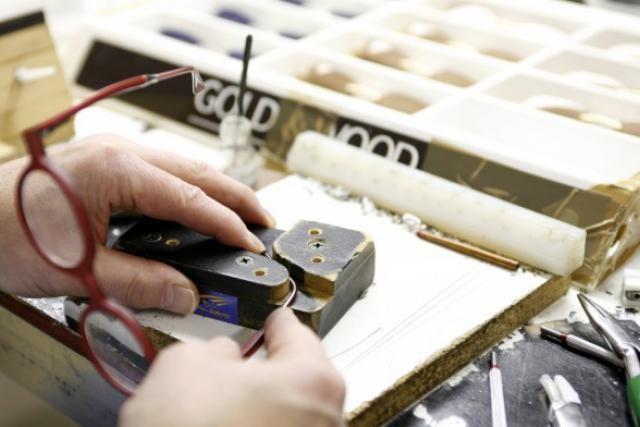 Les montures en bois exotiques et autres matières nobles made in Hosingen ont une réputation mondiale. (Photo: archives paperJam)