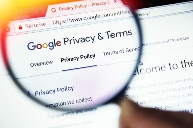 Quelles données Google traite-t-il et comment? En deux semaines, quatre cas pratiques viennent ébranler la toute-puissance du géant américain. (Photo: Shutterstock)