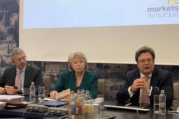 Lundi 30 septembre, Serge de Cillia, CEO de l'ABBL, et Viviane Reding, ancienne vice-présidente de la Commission européenne, présentaient les grandes lignes de la campagne «Markets4Europe» à la House of Finance. (Photo: Paperjam)
