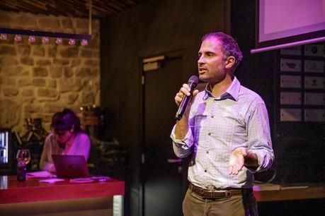 Benjamin Blasco (Petit Bambou) a littéralement hypnotisé la salle, mercredi soir, au Knokke Out, pour le deuxième round des Start-up Stories. (Photo: Jan Hanrion / Maison Moderne)