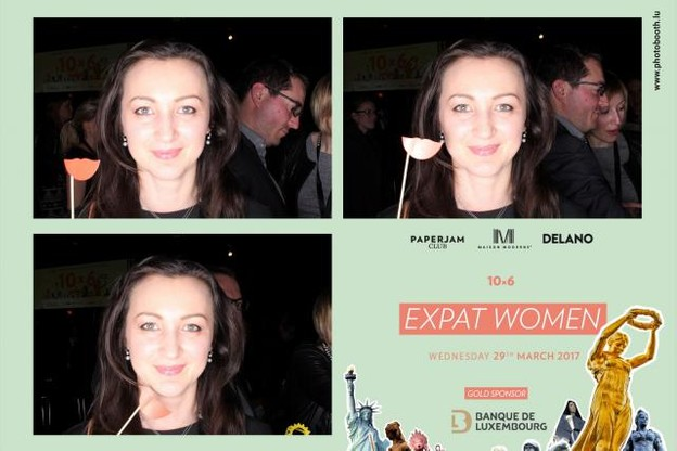 10x6-expat-women-photobooth-.jpg