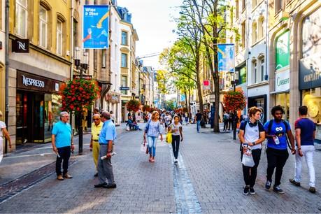 Les soldes d'été s'achèveront le 27 juillet prochain, et les magasins seront ouverts ce dimanche 7 juillet à Luxembourg-ville. (Photo: Shutterstock)