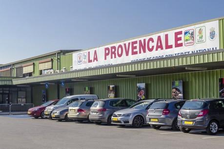 L'entreprise familiale, qui est le plus grand centre régional d'alimentation de gros et possède un effectif de près de 1.400personnes, poursuit son développement. (Photo: La Provençale)