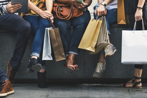 Les réductions vont s'afficher jusqu'au 27 juillet prochain, et les dimanches 30 juin et 7 juillet, les boutiques seront ouvertes. (Photo: Shutterstock)