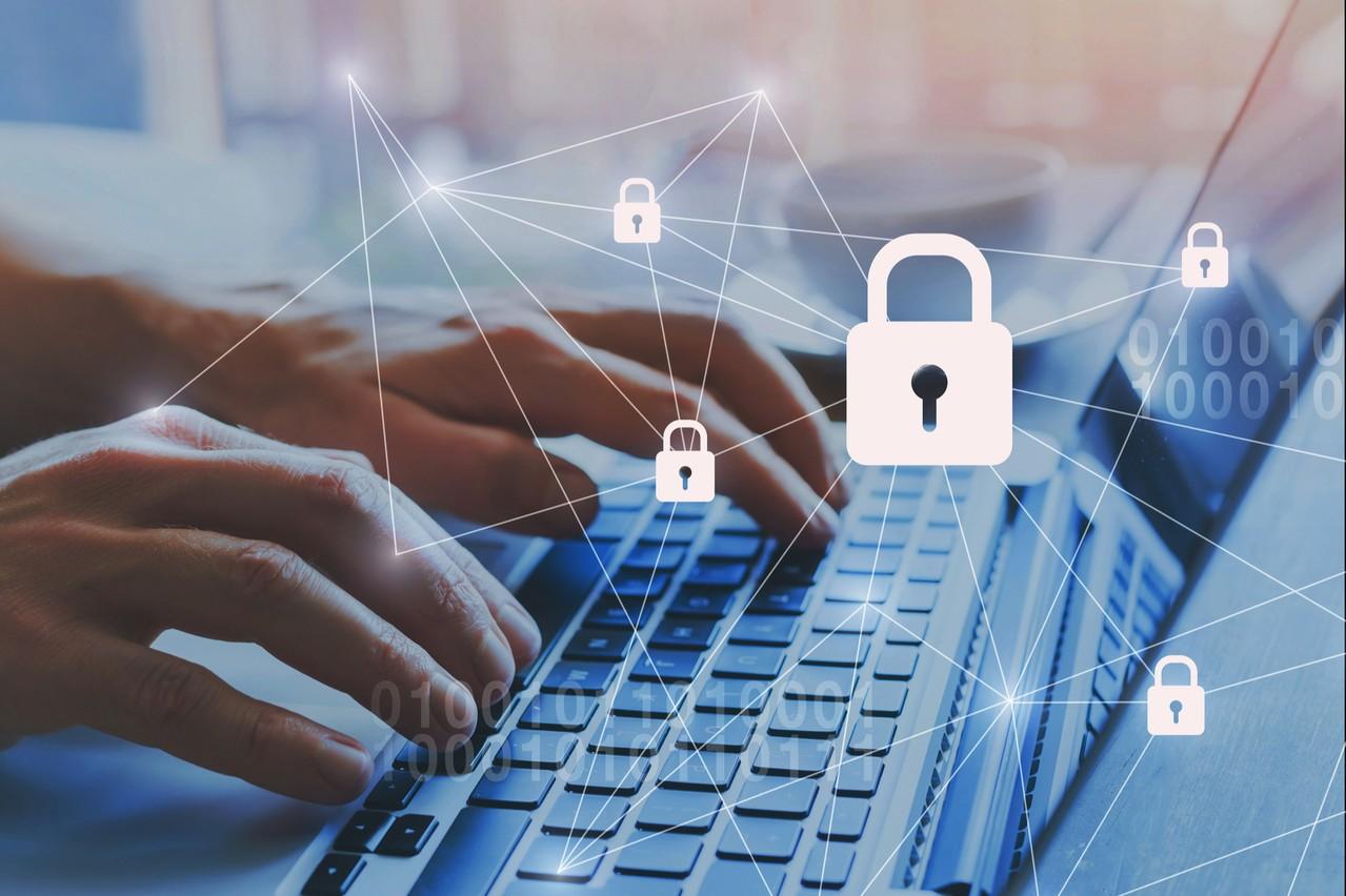 Les cas de tentatives de phishing se multiplient. Autant revisiter les règles de base du télétravail en matière de cybersécurité. (Photo; Shutterstock)
