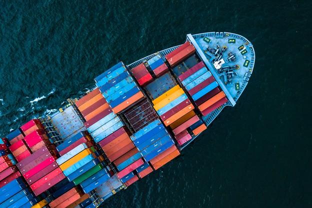 Le secteur du transport maritime devra passer aux énergies renouvelables dans les années à venir. (Photo: Shutterstock)