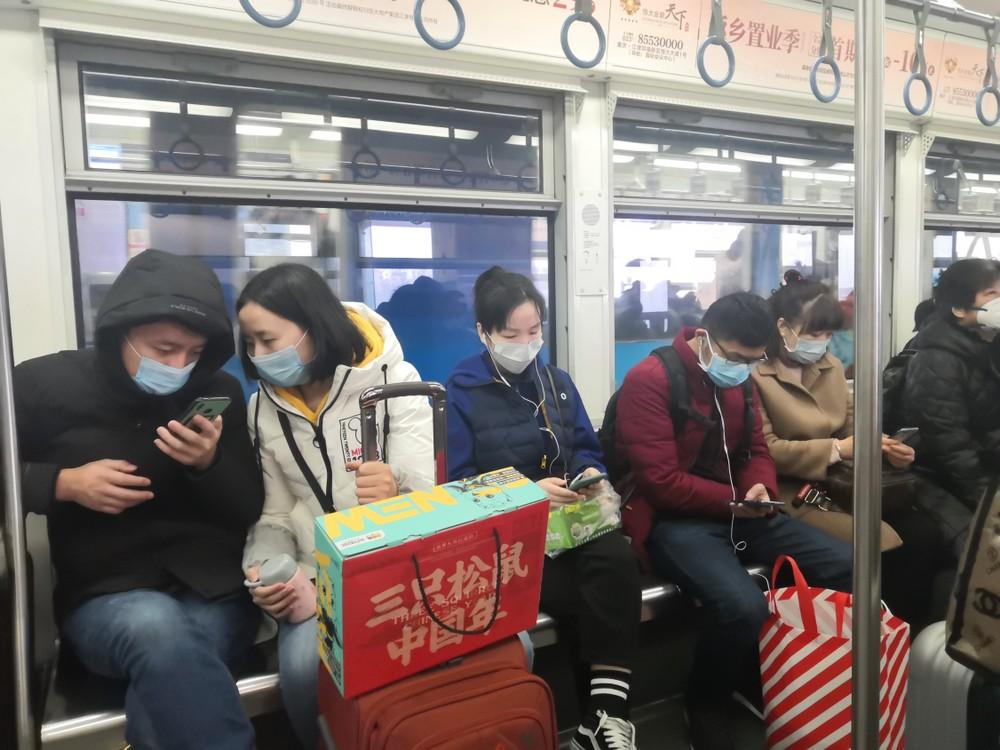 L'épidémie s'avère plus contagieuse mais moins puissante que celle du SRAS en 2002-2203. (Photo : Shutterstock)