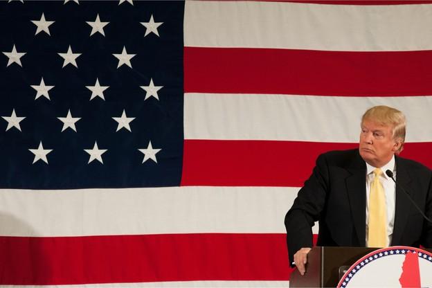 En pleine campagne pour sa réélection en 2020, Donald Trump concède avoir évoqué le nom de Biden avec son homologue ukrainien. Le camp démocrate l'accuse d'avoir incité l'Ukraine à relancer des enquêtes visant l'ancien vice-président de Barack Obama. (Photo: Shutterstock)