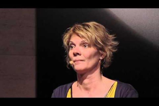 dare-to-be-the-change-cecile-devroye-at-tedxluxembourgcity.jpg